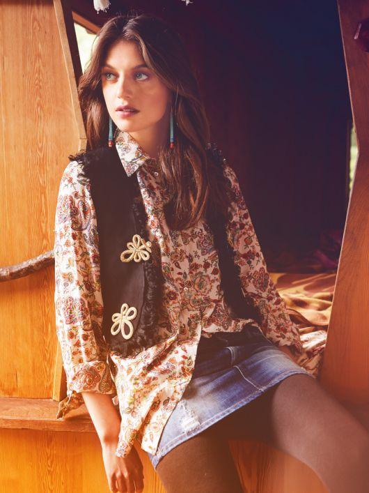 Блузка сорочкового крою