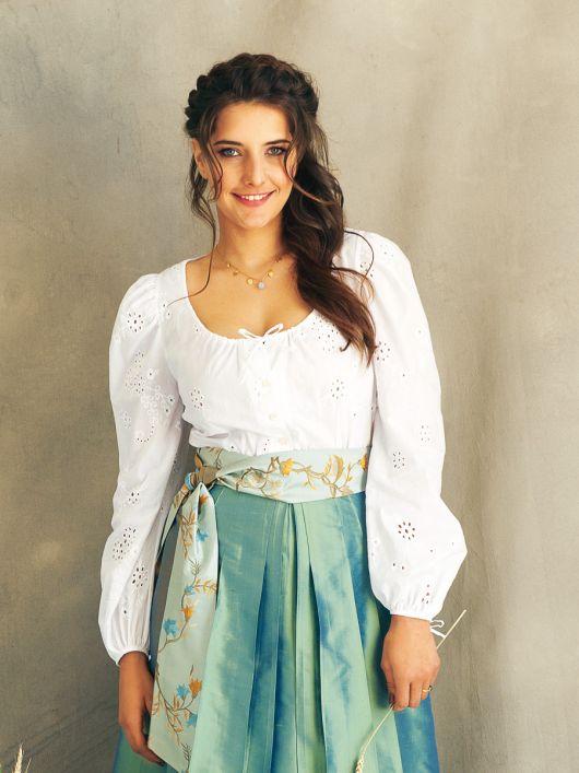 Блуза в фольклорному стилі