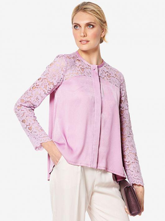 Блуза шовкова розкльошеного силуету
