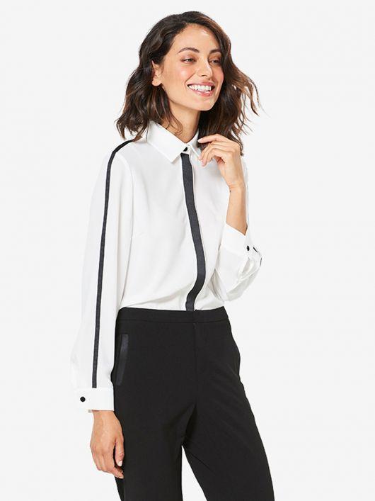 Блузка-сорочка в класичному стилі