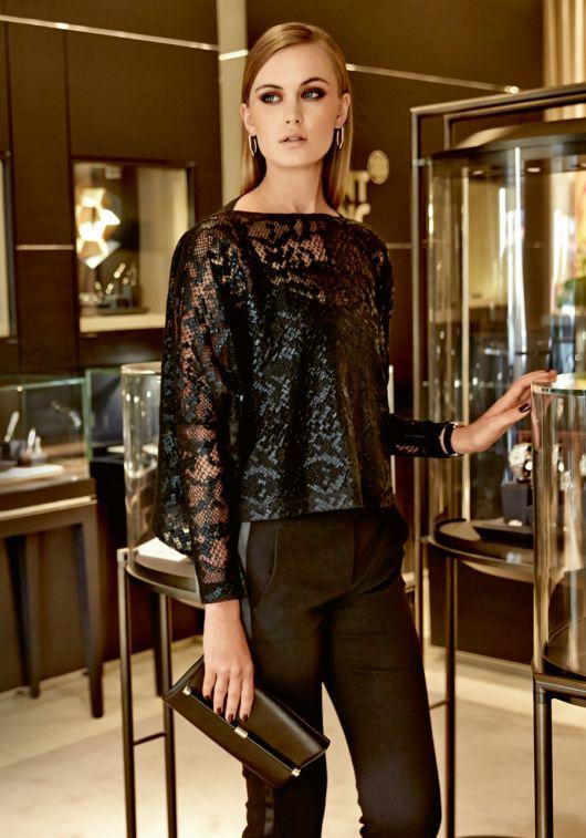 Блуза широка з вузькими рукавами