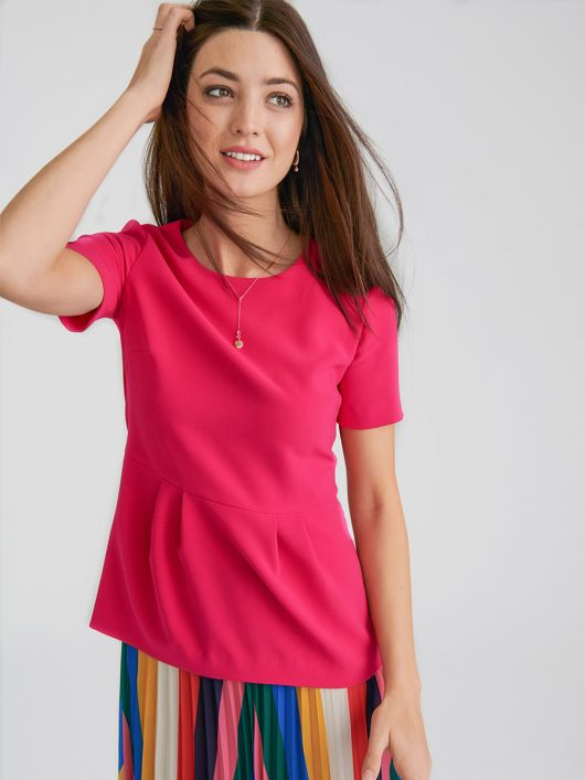 Блузка с короткими рукавами и баской