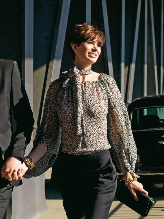 Блуза з широкими рукавами реглан