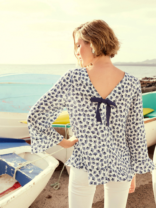 Блуза А-силуету з рукавами-реглан