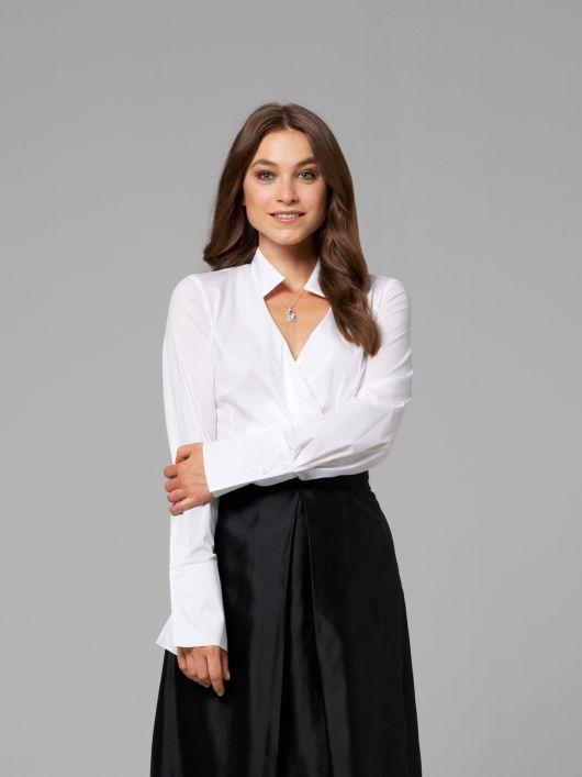 Блузка приталеного крою із запахом