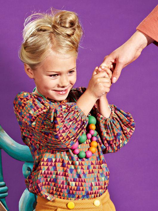 Блузка просторого крою з пишними рукавами