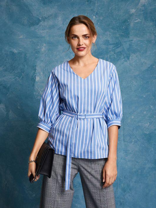 Блуза прямого крою з V-подібним вирізом