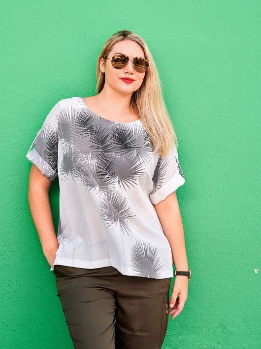 Блуза шовкова просторого крою
