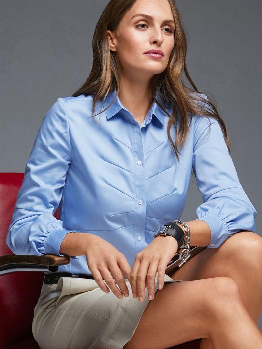 Блузка-сорочка з косими виточками
