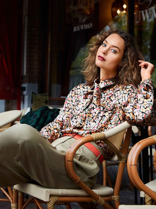Блузка-сорочка зі знімним бантом