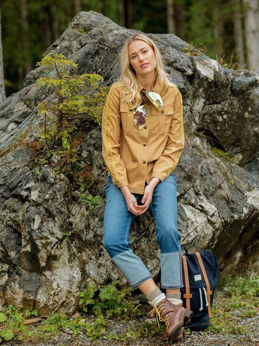 Блузка сорочкового крою зі знімним шарфом