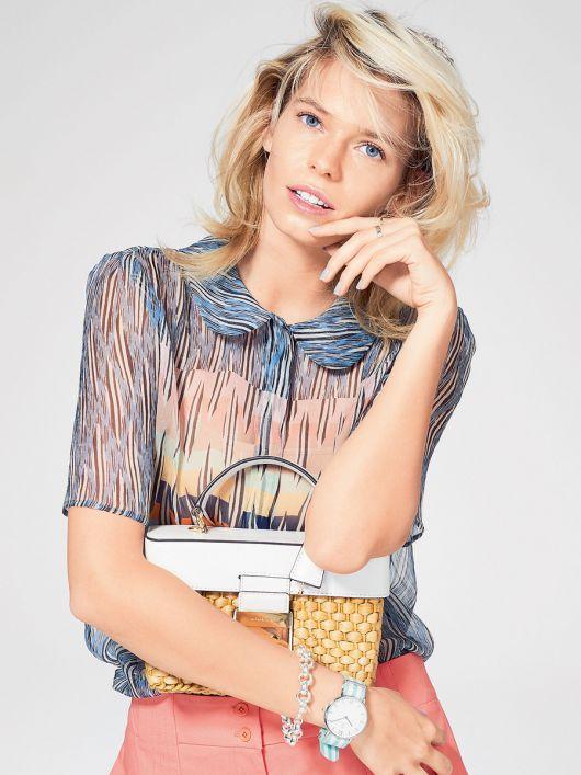 Блузка сорочкового крою із потайною застібкою