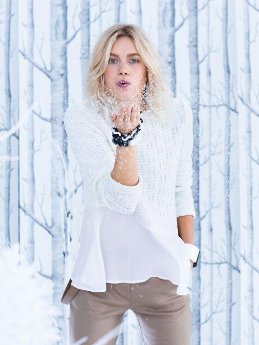 Пуловер трикотажний з асиметричним воланом