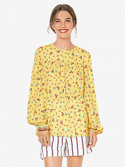 Блуза широкого крою з пишними рукавами