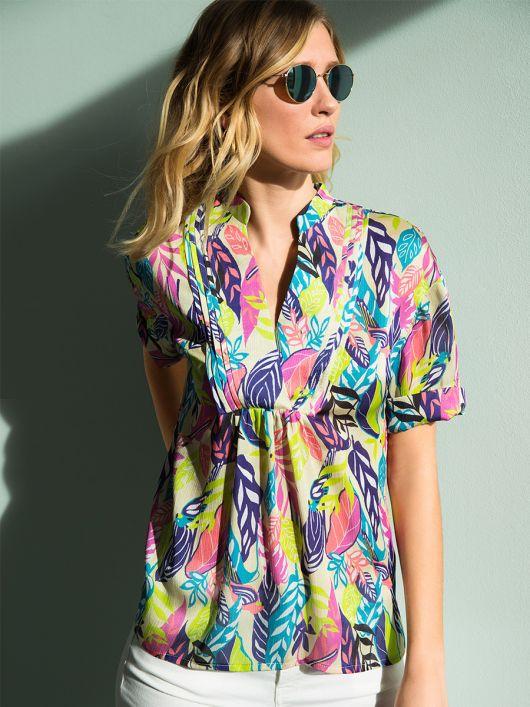 Блуза просторого крою з пластроном