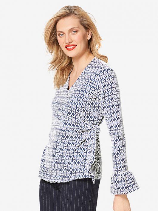Пуловер з запахом і оборками на рукавах