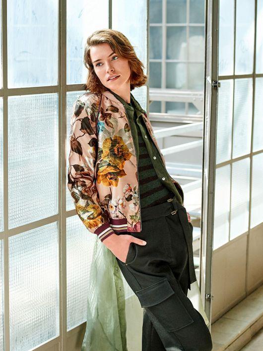 Блузон у стилі коледж з рукавами реглан