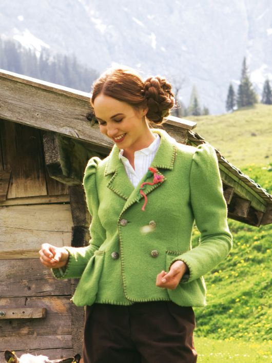 Жакет у баварському стилі з валяного лодену