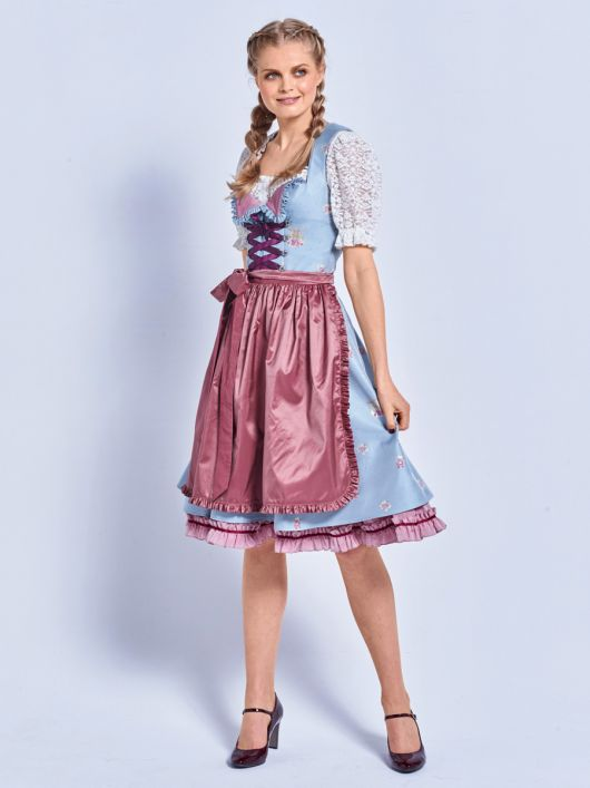 Сукня з фартухом і мереживною блузкою
