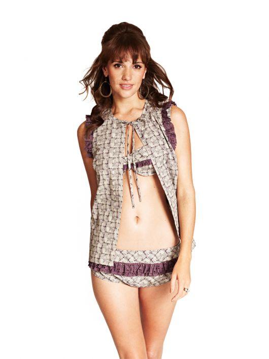Бікіні і пляжна блузка в стилі ретро