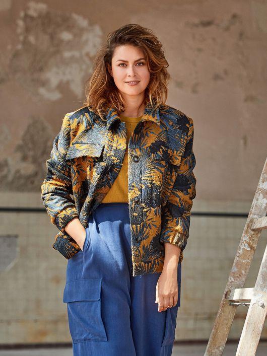 Жакет в стиле джинсовой куртки