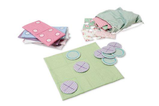 Дитяча гра з текстилю