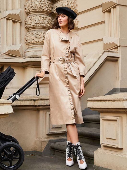 Пальто з оборками в стилі тренчкота