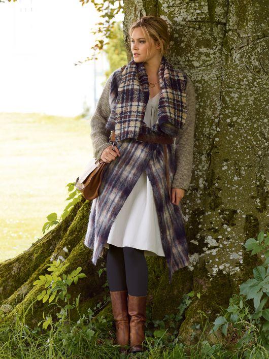 Пальто оригінального крою з трикотажними рукавами