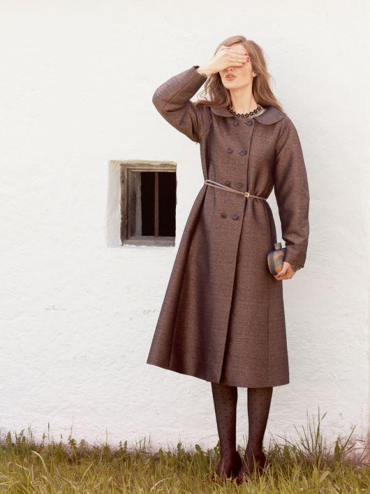 Пальто двобортне розкльошеного силуету