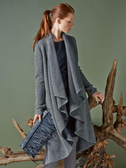 Пальто з шалевим коміром