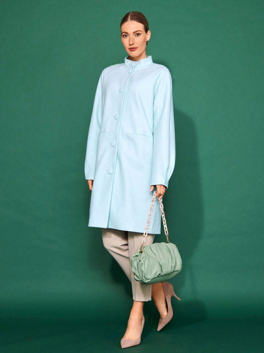 Пальто в стилі 60-х з рукавами реглан