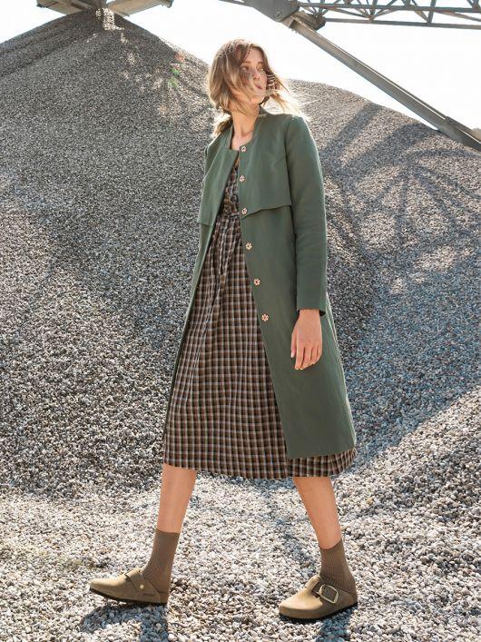 Пальто однобортне в стилі тренчкота