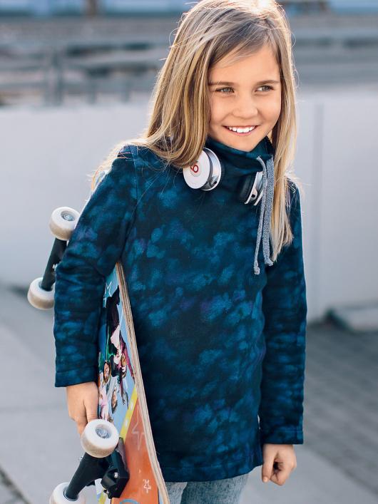 Пуловер прямий з великим коміром-стойкою