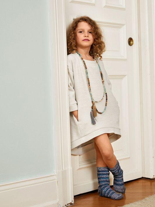 Сукня трикотажна зі зміщеними боковими швами