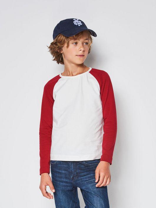 Пуловер з контрастними рукавами реглан