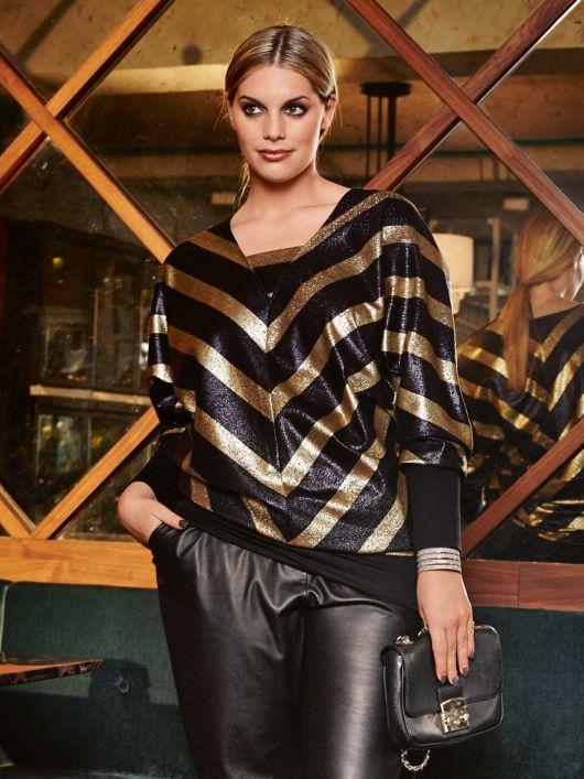 Пуловер довгий з V-подібним вирізом