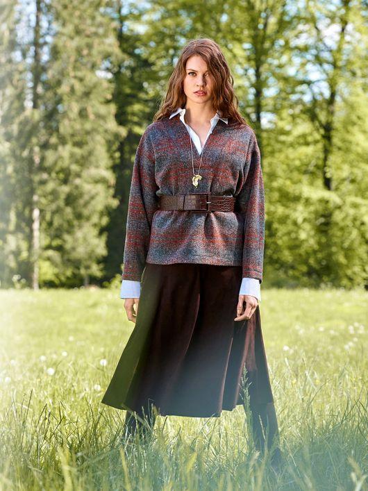 Пуловер из вязаного полотна