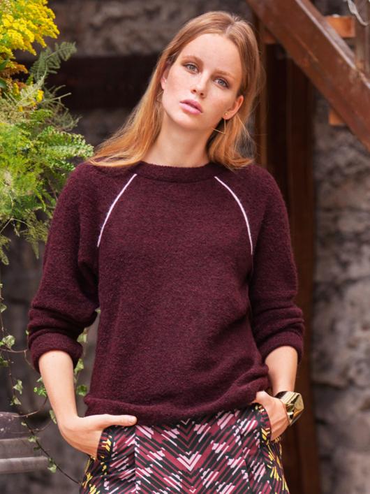 Пуловер з рукавами реглан і кантами