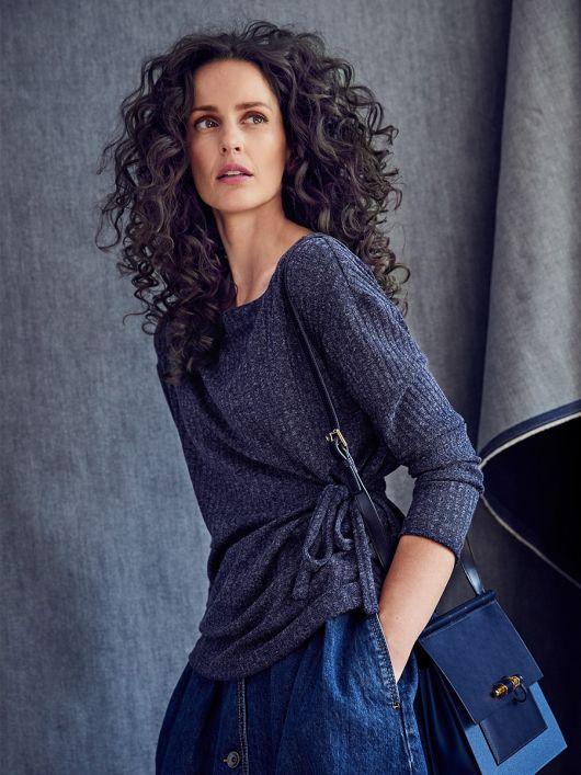 Пуловер прямого силуету із зав'язками