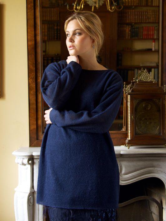 Пуловер прямого крою з вирізом горловини човником