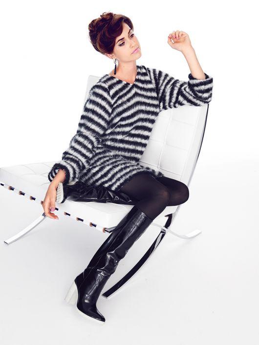 Видовжений пуловер з широкими рукавами
