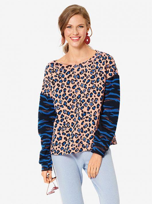 Пуловер з широким вирізом горловини