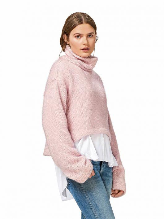 Пуловер короткий з високим коміром-стойкою