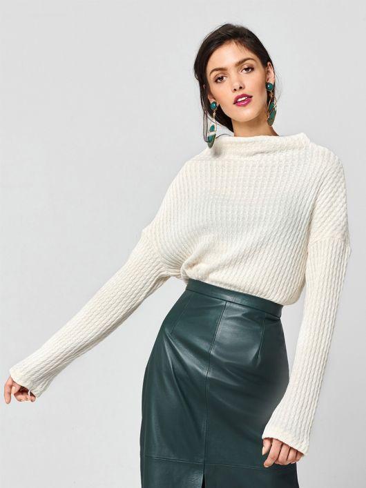 Пуловер прямого крою із в'язаного полотна