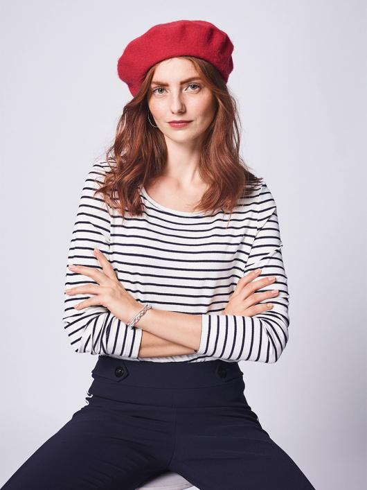 Пуловер приталеного крою в стилі тільника