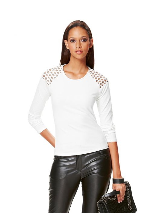 Пуловер із мереживними плечовими вставками