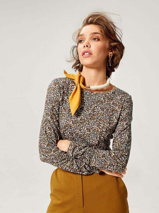 Пуловер с круглой горловиной и узкими рукавами