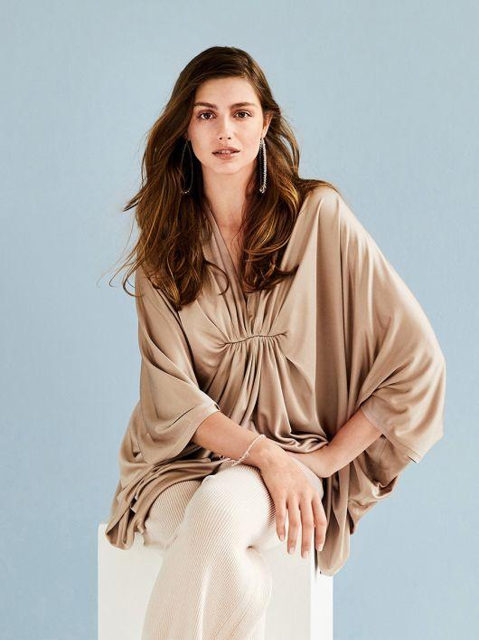 Пуловер широкого крою з рукавами «летюча миша»
