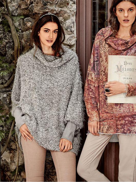 Пуловер широкий із суцільнокроєним коміром