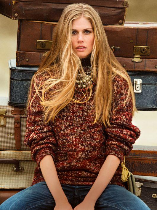 Пуловер з коміром-стійкою